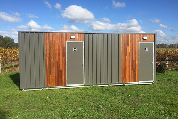 8 Wedding Suite Restoom Toilet Hire -External